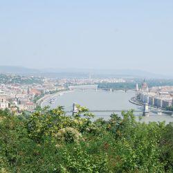 Donau_med_Parlament.jpg